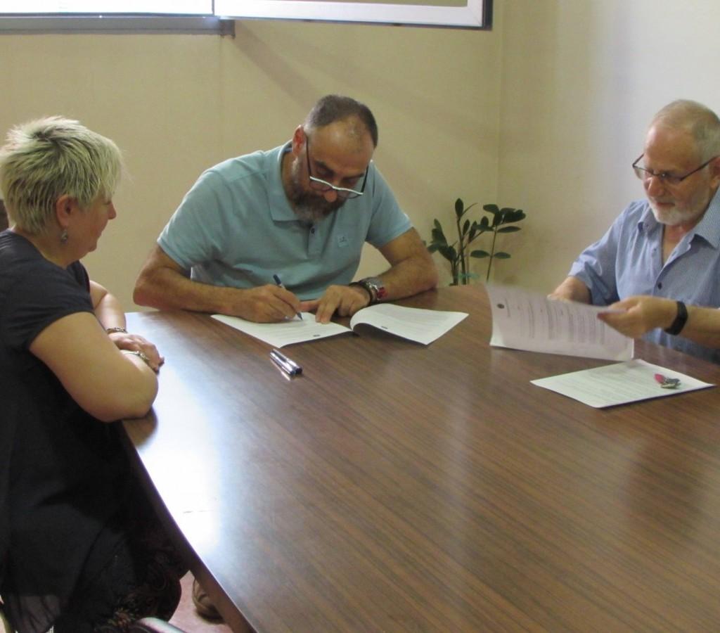 L ajuntament estableix un conveni de col laboraci amb for Conveni col lectiu d oficines i despatxos
