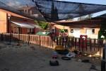 S'instal·la un nou tendal al pati de la Llar d'Infants de Calaf
