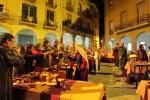 La pujada de torxes fins al castell de Calaf, un preludi espectacular per al Banquet del Mil·lenari
