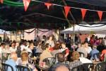 Els veïns de la Pineda celebren una participada festa major amb l'estrena d'una desfilada de moda