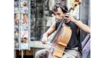 Viatger entre cordes i Músiques del Món