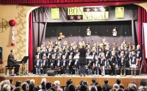 El concert de Nadal de l'Escola de Música de Calaf va omplir la sala de la Unió Calafina