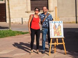 Francisco Jiménez, guanyador concurs de cartells de Calaf 2019 amb la regidora Mercè Biosca