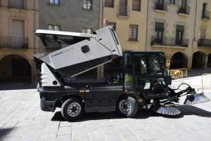 Nova màquina escombradora de Calaf