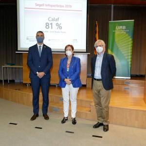 Bernat Solé, conseller, Margarita Arboix, rectora i Armand Balsebre, director grup recerca