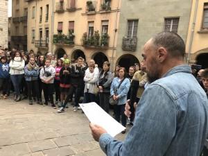 Jordi Badia, alcalde de Calaf, llegint el manifest de l'ACM.