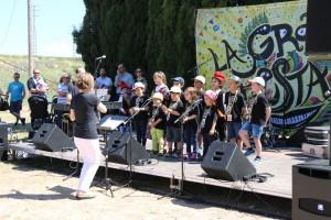 Escola Municipal de Música de Calaf, actuació Arrela't