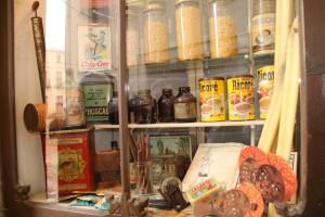 Aparador botigues antigues Calaf