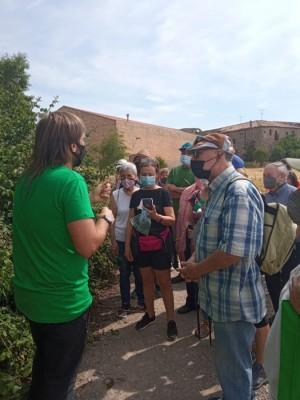 Sortida 'Coneixem les plantes silvestres comestibles de l'entorn de Calaf'.