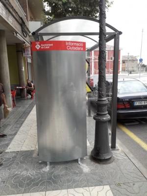cartellera passeig Santa Calamanda (parada bus)