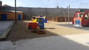 Nou paviment pati La Boireta de Calaf