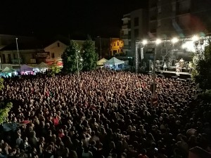 Concert dissabte nit a la plaça dels Arbres - FM Calaf 2019