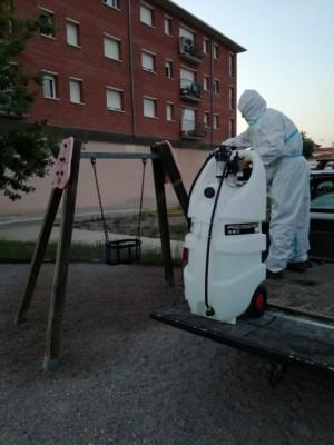 Desinfecció parcs infantils de Calaf