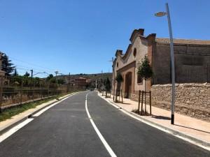 Tram finalitzat de les obres per fer un passeig al tram urbà de l'antiga carretera de Manresa - Avinguda Josep Miró