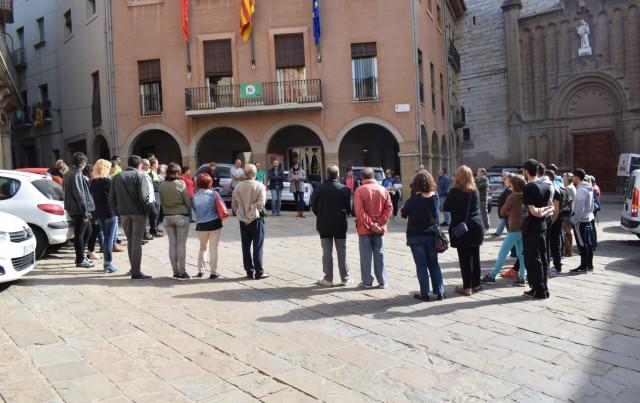 Una seixantena de calafins es concentren en protesta per l'empresonament de Jordi Sánchez i Jordi Cuixart