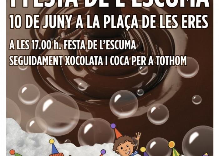 Dissabte, xocolatada i festa de l'escuma al casc antic