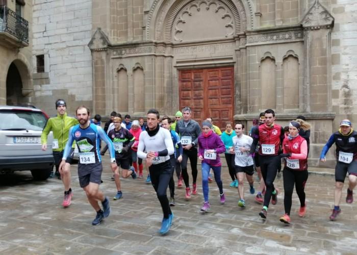Èxit de la primera cursa de muntanya i caminada 'Tocats per la campana' de Calaf