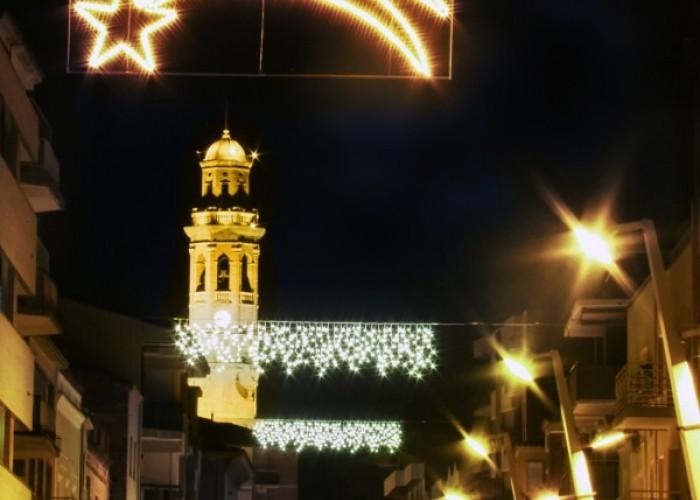 Calaf encén els llums de Nadal