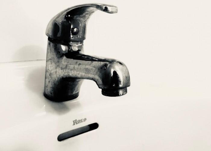 És manté l'avís de no consumir l'aigua de l'aixeta de Calaf fins buidar, netejar i purgar tota la xarxa
